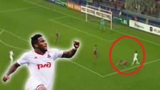 Jefferson Farfán dejó en el piso a rival en el triunfo de Lokomotiv