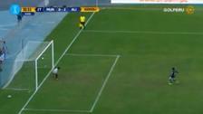 Lionard Pajoy anotó de penal luego que le cobraran una dudosa falta