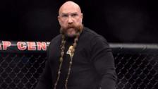 Fotos | Árbitro de la UFC llamó la atención por su extensa barba