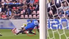 Jugador sufrió una escalofriante lesión y terminó con la rodilla rota