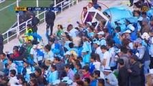 Hinchas de Real Garcilaso alentaron con una mesa ante Alianza Lima