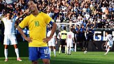 Kolarov anotó un golazo de tiro libre 'a lo Ronaldinho' en su debut en la Roma