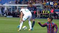 YouTube   Neymar se lució con una 'huacha' y centro sin mirar a lo Ronaldinho
