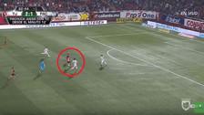 YouTube | El paraguayo Iturbe falló un gol cantado en su debut con los Xolos
