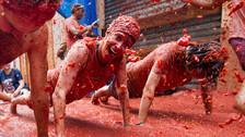 Fotos   Más de veinte mil participaron en la tradicional Tomatina de España