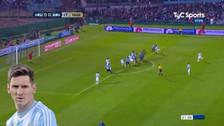 Muslera evitó golazo de tiro libre de Lionel Messi