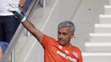 YouTube   José Mourinho destacó como arquero durante partido benéfico