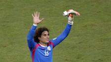 YouTube   'Memo' Ochoa se lució con gran atajada ante Costa Rica