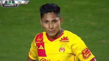 Con el arco vacío: Raúl Ruidíaz se falló gol cantado en la Liga MX