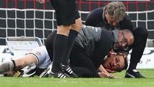 El médico del Stuttgart salvó a su jugador luego que convulsionara en la cancha