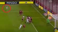YouTube | Delantero uruguayo anotó golazo de tiro libre en triunfo de Lanús