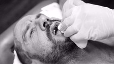 Cesaro perdió los dientes luchando en el evento WWE No Mercy