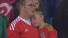 Niñó lloró al ver que Gales de Bale no se clasificó al Mundial