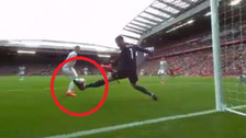 YouTube | De Gea y su genial reflejo en atajada con el pie ante Liverpool