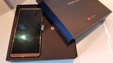 Esto es todo lo que trae la caja del Huawei Mate 10 Pro