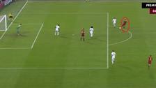 El Shaarawy anotó un golazo con definición 'tres dedos' en el triunfo de la Roma