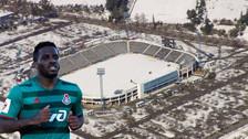 Farfán entrenó en cancha con nieve previo al partido en la Europa League