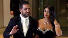 Cesc Fábregas recibió propuesta indecente y respondió con mensaje a su esposa