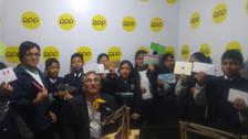 Trujillo: Escolares escriben cartas para Paolo Guerrero