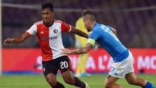Champions League: Renato Tapia eludió con esta jugada a Yaya Touré
