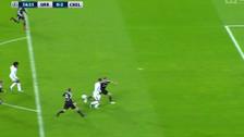 Pase de taco: el gol de Willian tras la gran asistencia de Hazard