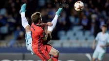 Ivanovic anotó un gol de chalaca con las ventajas que todo jugador sueña