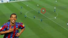 La magia intacta: Ronaldinho anotó un golazo desde media cancha