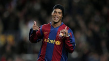 Ronaldinho celebró Año Nuevo con esta curiosa imagen