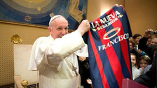 Video | El Papa Francisco volvió a demostrar su fanatismo por San Lorenzo
