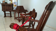 Exhiben réplica de silla papal que usará Francisco en Trujillo