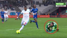YouTube | El gran regate de Dimitri Payet que lesionó a arquero
