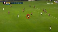 ¡A lo Zidane! Paulo De La Cruz hizo la 'ruleta' para superar a un rival
