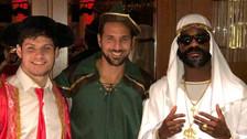 Claudio Pizarro se disfrazó de Robin Hood en el Carnaval de Colonia