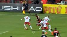 La gran jugada de Vinicius Jr que acabó en gol del Flamengo