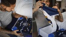 Paolo Guerrero recibió la nueva camiseta de Alianza Lima