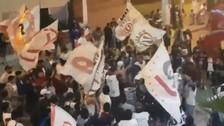 Hinchas de Universitario hicieron un banderazo en Huaraz