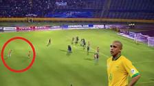 Libertadores: Dátolo y su magistral gol de tiro libre 'a lo Roberto Carlos'