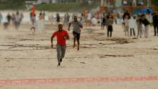 YouTube | Usain Bolt fue derrotado por el actor Kevin Hart en la playa