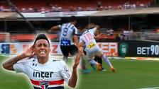 El lujo de Christian Cueva: burló a dos jugadores de Santos con esta jugada