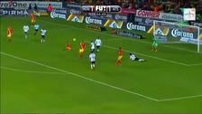 ¡Impresionante! Raúl Ruidíaz anotó un golazo de tijera para el triunfo de Morelia