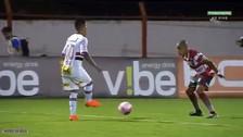 Christian Cueva se lució con una asistencia y su compañero anotó un golazo