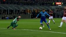 Dejó en el piso a Donnarumma: golazo de Aaron Ramsey al Milan