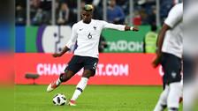 A Rusia y pegado al palo: Paul Pogba marcó golazo de tiro libre