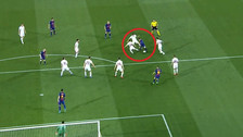 Roma necesitó 8 jugadores para parar a Lionel Messi [VIDEO]
