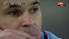 El sufrimiento de Andrés Iniesta al ver el último gol de la Roma