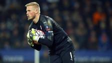 Arquero titular de Dinamarca se lesionó a dos meses del Mundial