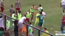 Jugador en Brasil bailó antes de anotar y generó una batalla campal