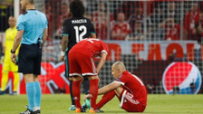 Se lesionó: Robben jugó apenas 6 minutos ante Real Madrid