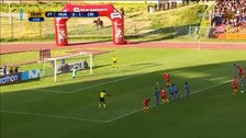 Desde los doce pasos: Carlos Neumann anotó de penal a Sporting Cristal