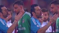 Un ejemplo: el consuelo de Buffon a Donnarumma por perder la final de la Copa Italia
